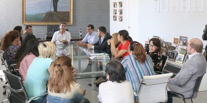 Municipio y feriantes avanzan en la regularización del sector