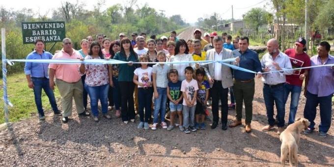 Peppo celebró los 74 años de Pampa Almirón con la habilitación de 700 metros de ripio