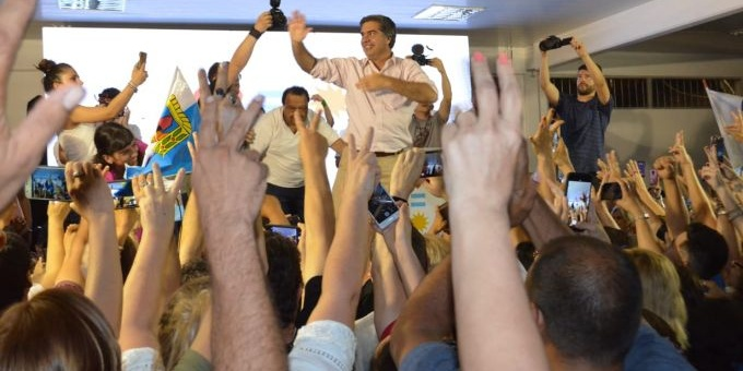 "Capitanich, gobernador electo: ""Nace el camino de la esperanza"""