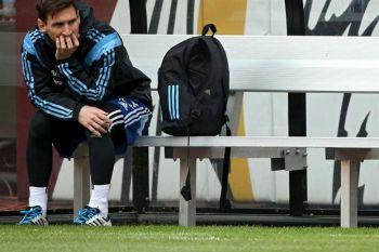 Con la duda de Messi y la vuelta de Tevez como titular
