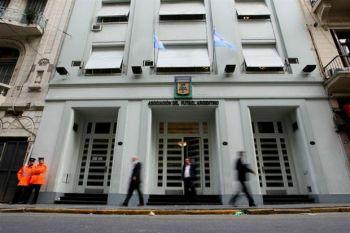 Tras el pedido de River, la AFA confirmó la postergación del partido ante Defensa y Justicia