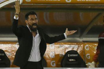 """Eduardo Domínguez: """"Queremos cambiar esta historia de que Huracán nació para sufrir"""""""