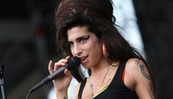 Amy Winehouse vuelve a los escenarios: la reviven con un holograma
