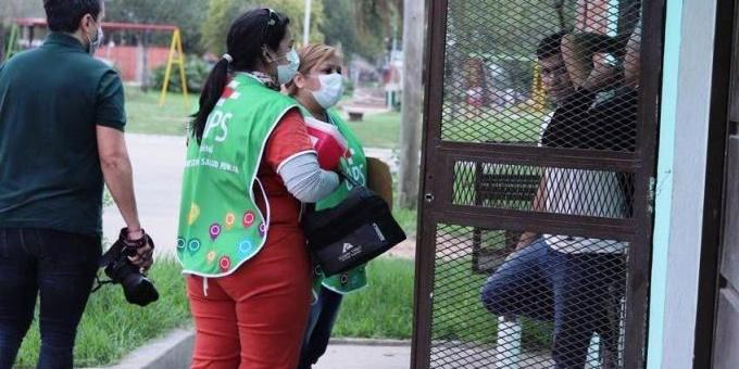 La campaña de vacunación Covid-19 ya se realiza en los barrios de la ciudad