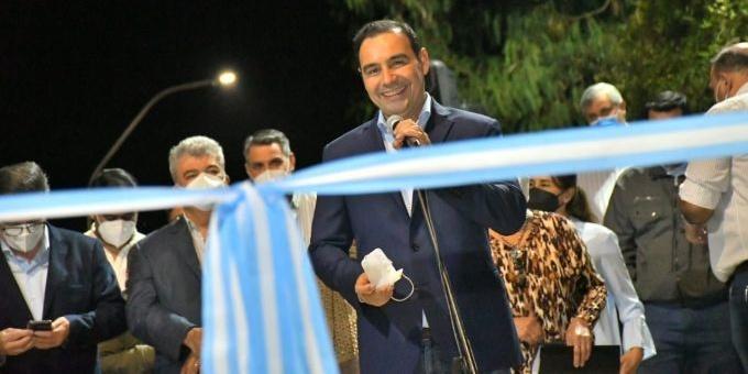 Valdés inauguró pavimentación de calle en Goya y se comprometió a intervenir otras 300 cuadras en la localidad