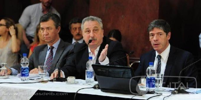"""""""Misiones se beneficiará con obra pública si se avanza en la negociación con los holdouts"""""""